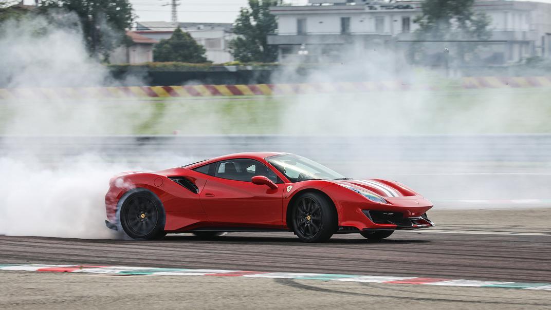 Ferrari 488 Pista 2019 Exterior 003