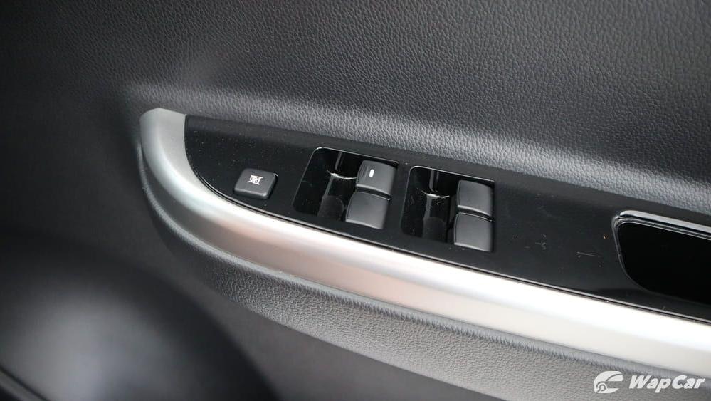 Mitsubishi Triton 2019 Interior 029