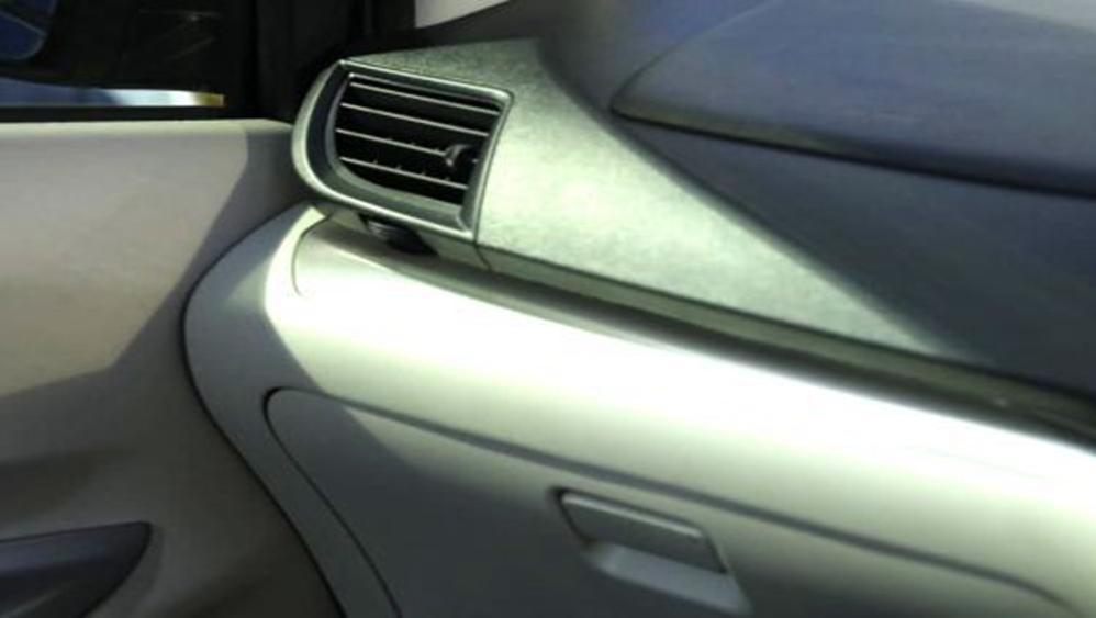 Daihatsu Grand Xenia 2019 Interior 006