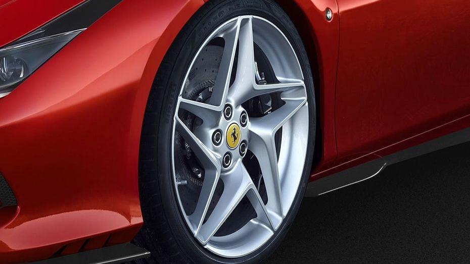 Ferrari F8 Tributo 2019 Exterior 013