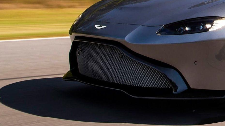 Aston Martin Vantage 2019 Exterior 006
