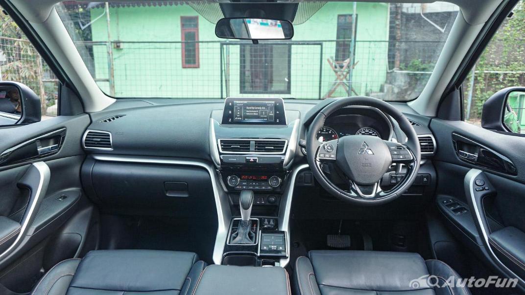 Mitsubishi Eclipse Cross 1.5L Interior 002