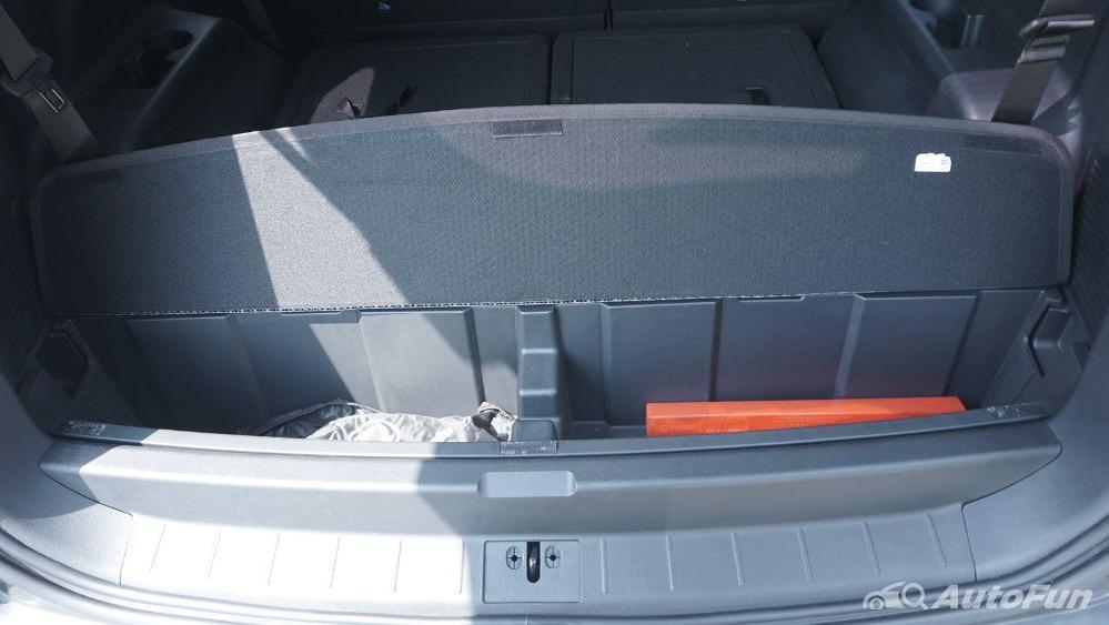 DFSK Glory 560 1.5L Turbo CVT L-Type Interior 047