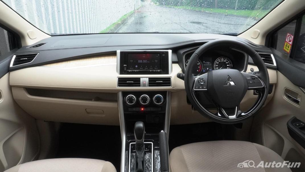 2020 Mitsubishi Xpander Ultimate A/T Interior 002