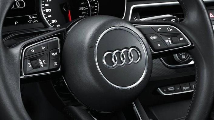 Audi A4 2019 Interior 004