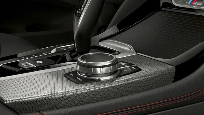 BMW X4 2019 Interior 005