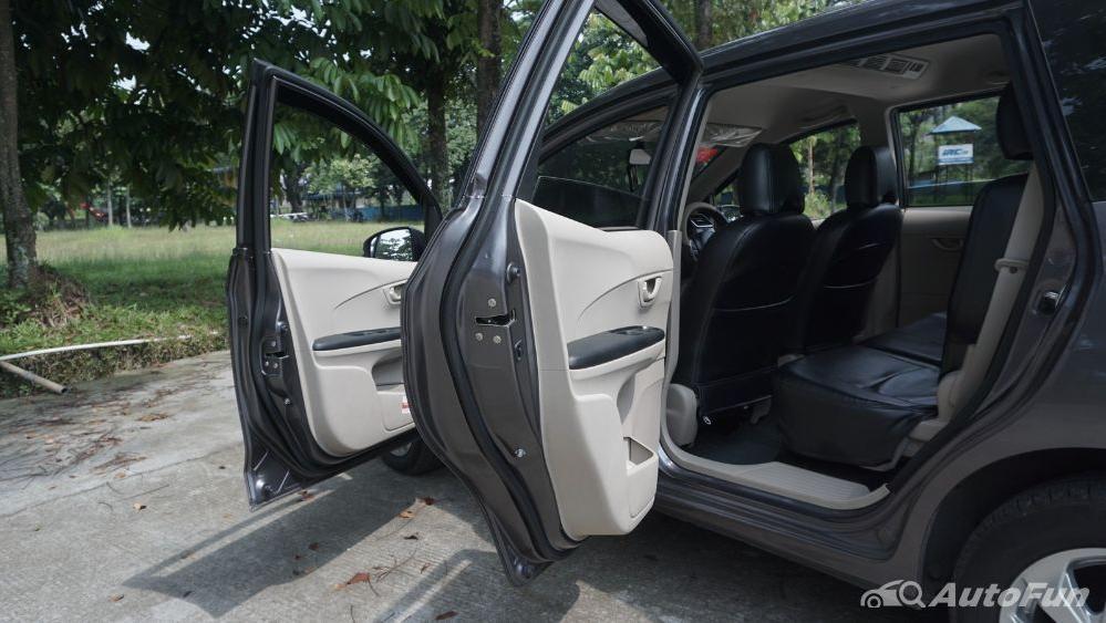 Honda Mobilio E CVT Interior 032