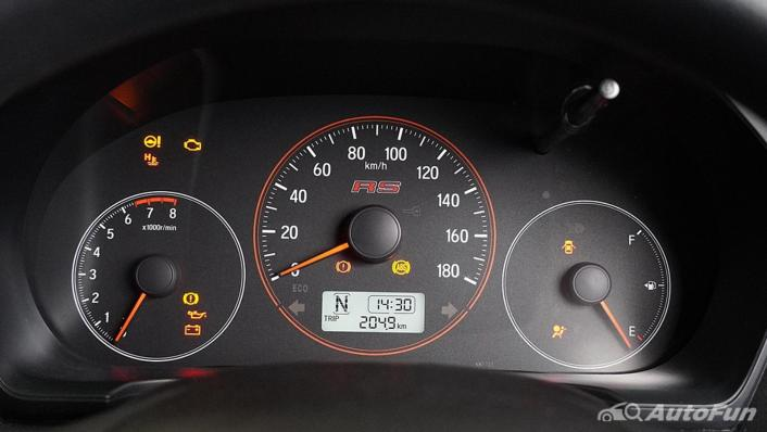 Honda Brio RS CVT Interior 007