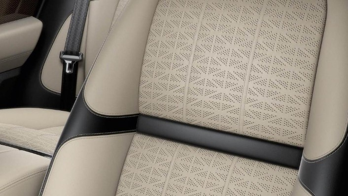 Land Rover Range Rover Velar 2019 Interior 009