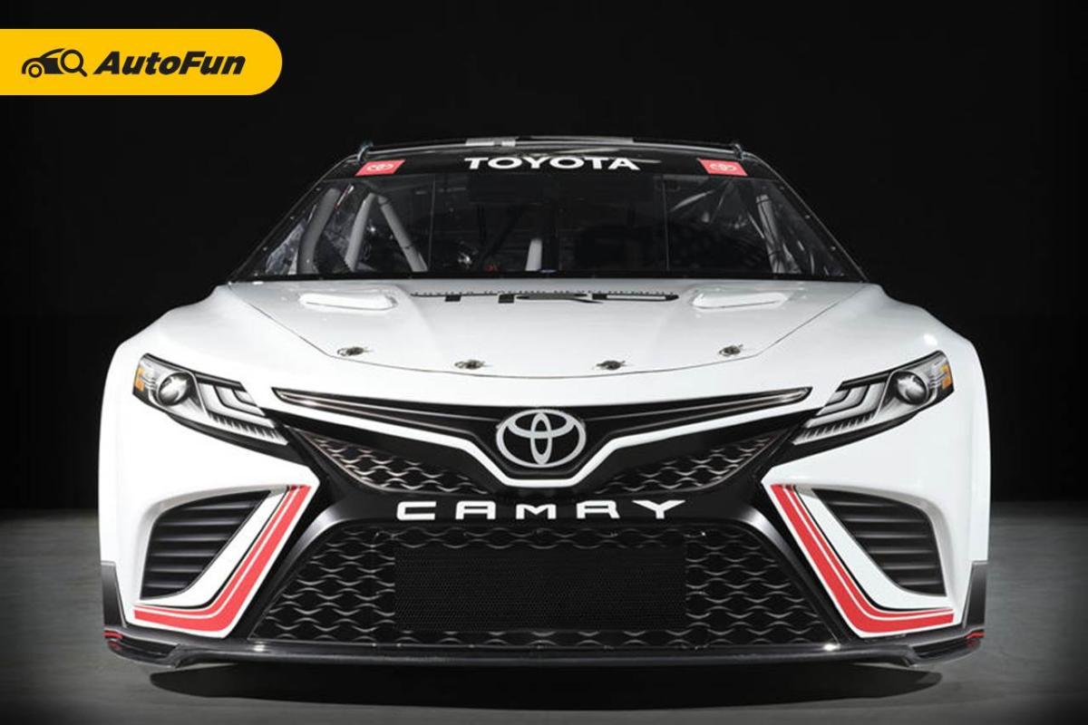 Toyota Camry 2022 Racikan TRD Untuk Nascar Sanggup Hasilkan Tenaga 670 Hp 01