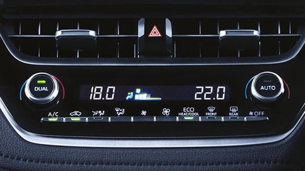 Toyota Corolla Altis 2019 Interior 043