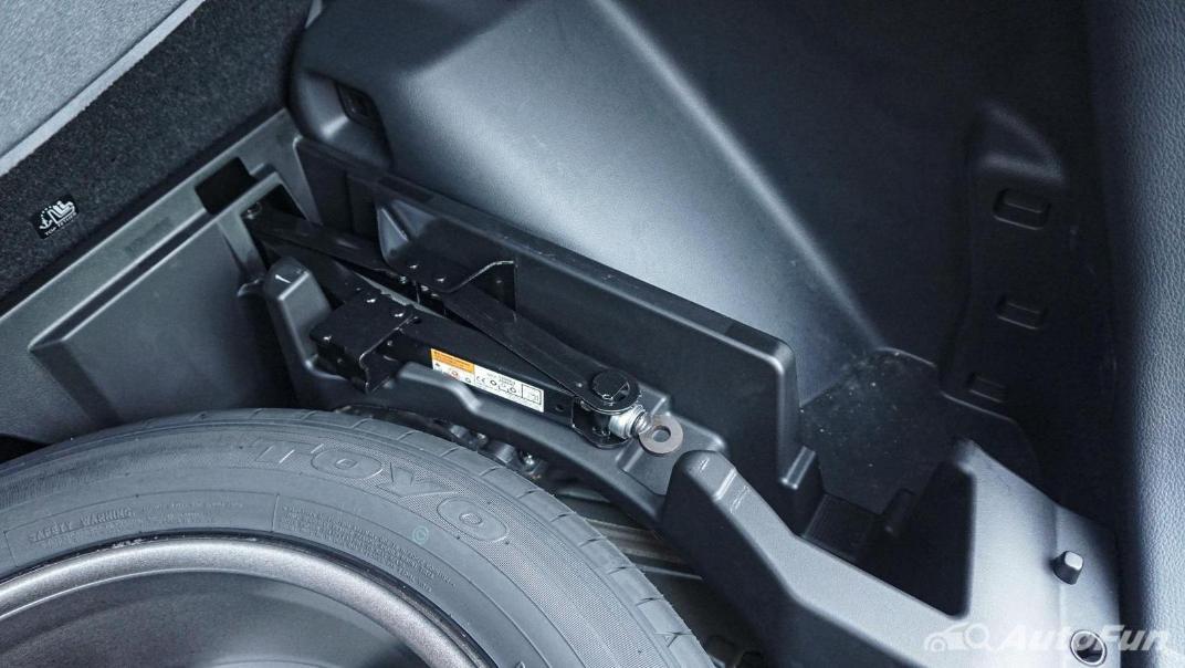 Mitsubishi Eclipse Cross 1.5L Interior 105