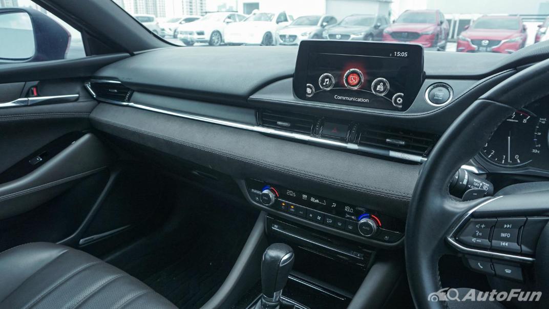 Mazda 6 Elite Estate Interior 021