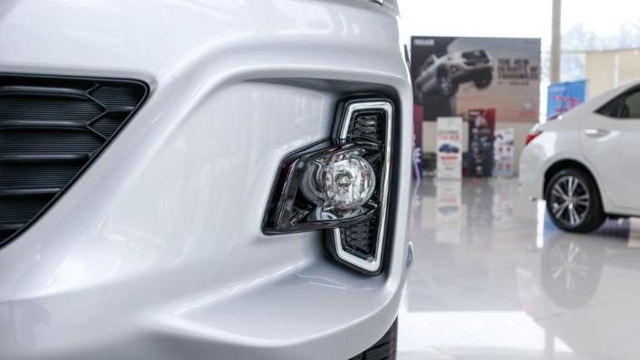 Toyota Hilux 2019 Exterior 010