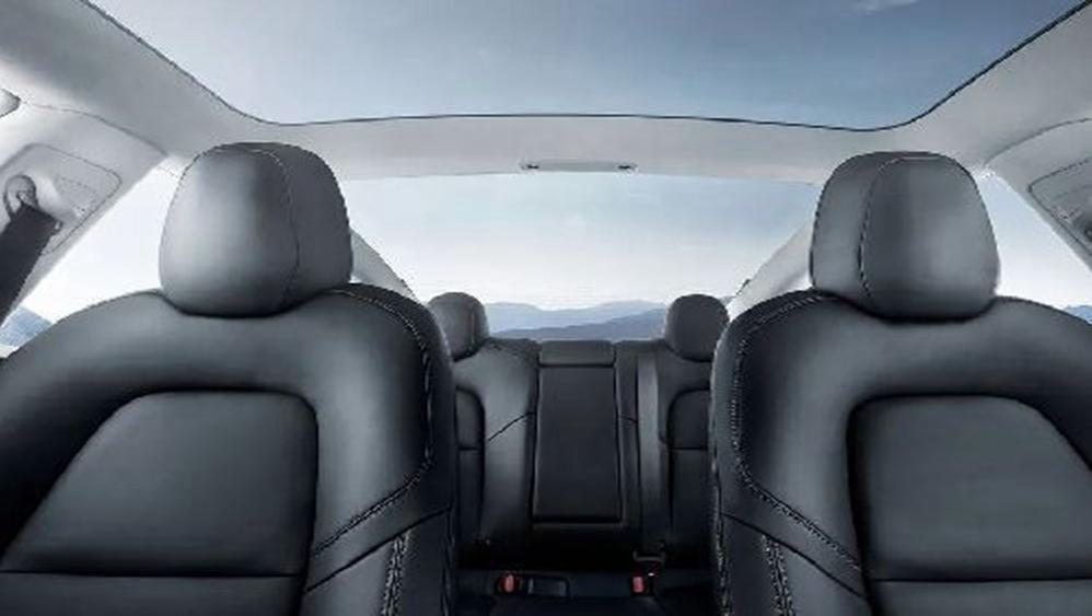 Tesla Model 3 2019 Interior 007