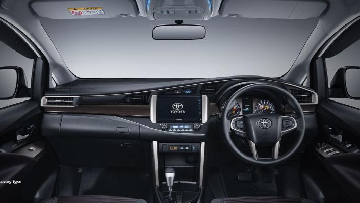 2020 Toyota Kijang Innova 2.0 V Luxury A/T Interior 001