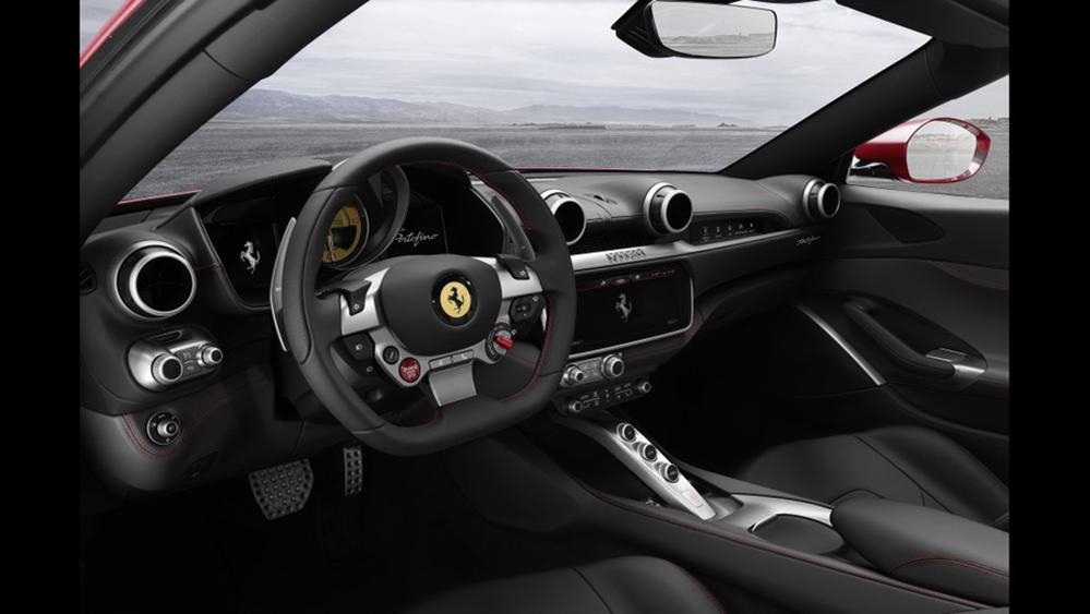 Ferrari Portofino 2019 Interior 001
