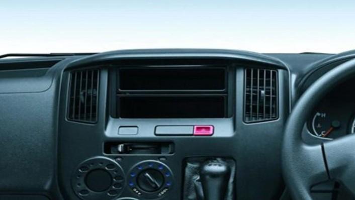 Daihatsu Gran Max MB 2019 Interior 005