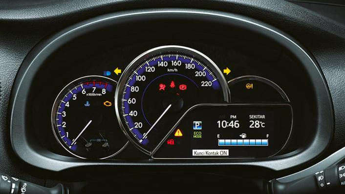 2021 Toyota Yaris 1.5 S CVT GR Sport 7 AB Interior 006