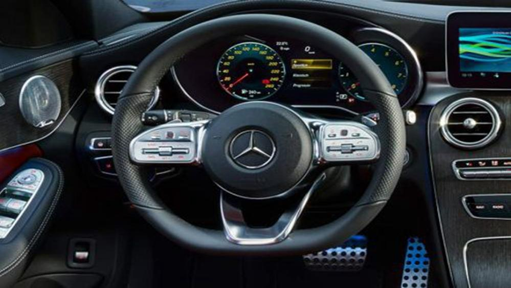 Mercedes-Benz C-Class Estate 2019 Interior 002