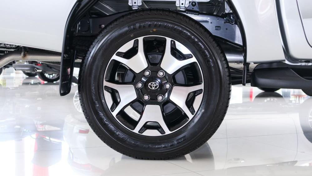 Toyota Hilux 2019 Exterior 028