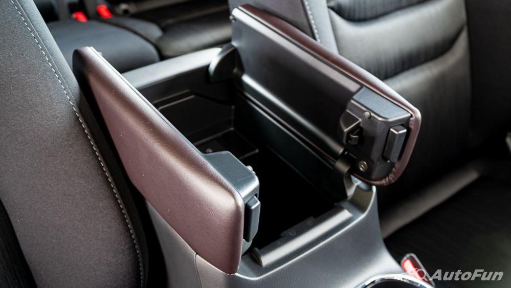 Mazda CX 8 2019 Interior 020