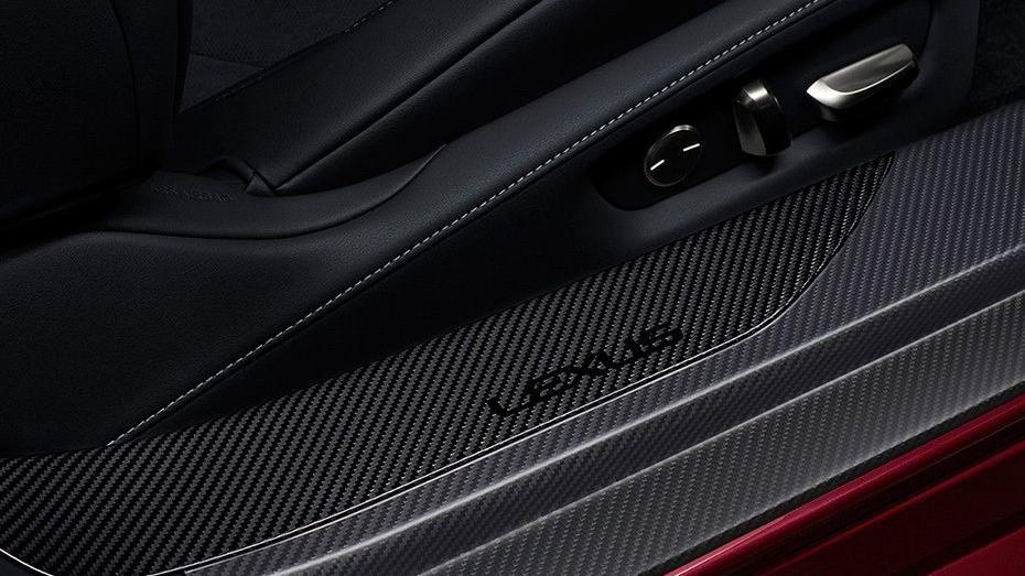 Lexus LC 2019 Interior 008