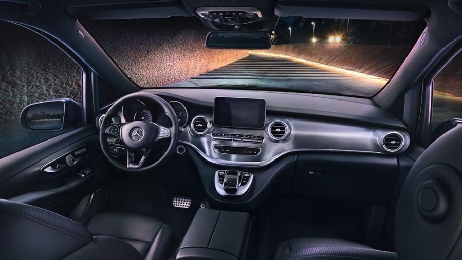 Mercedes-Benz V-Class 2019 Interior 001