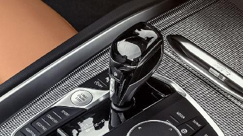 BMW Z4 2019 Interior 009