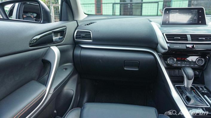 Mitsubishi Eclipse Cross 1.5L Interior 005