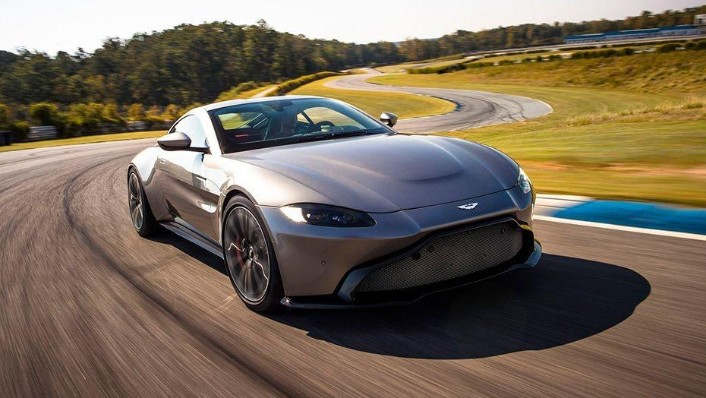 Aston Martin Vantage 2019 Exterior 002