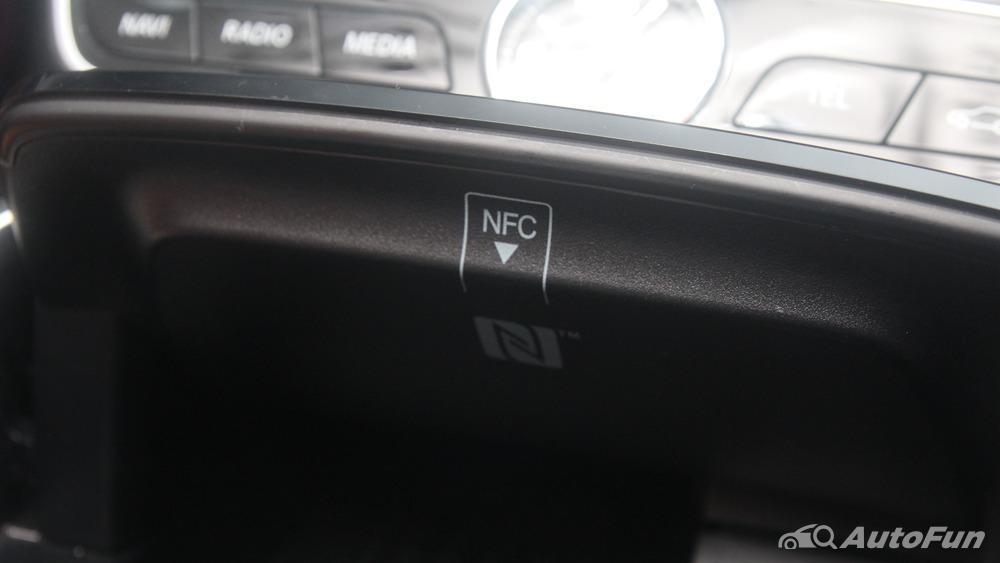 Mercedes-Benz E-Class 2019 Interior 086