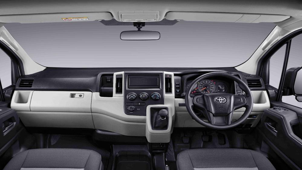Toyota Hiace 2019 Interior 002