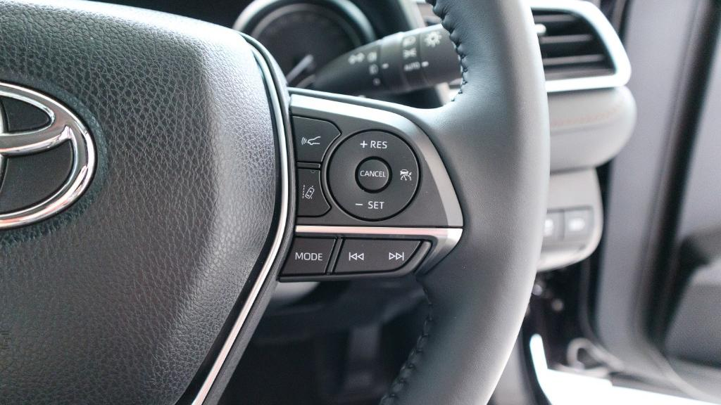 Toyota Camry 2019 Interior 009