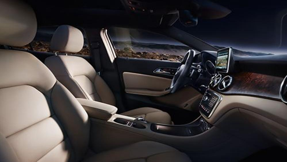 Mercedes-Benz GLA-Class 2019 Interior 003