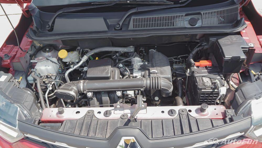 Renault Triber RXZ MT Others 003