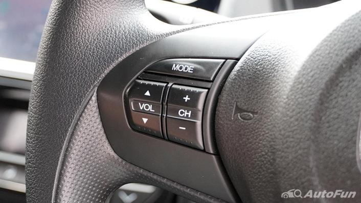 Honda Brio RS CVT Interior 003