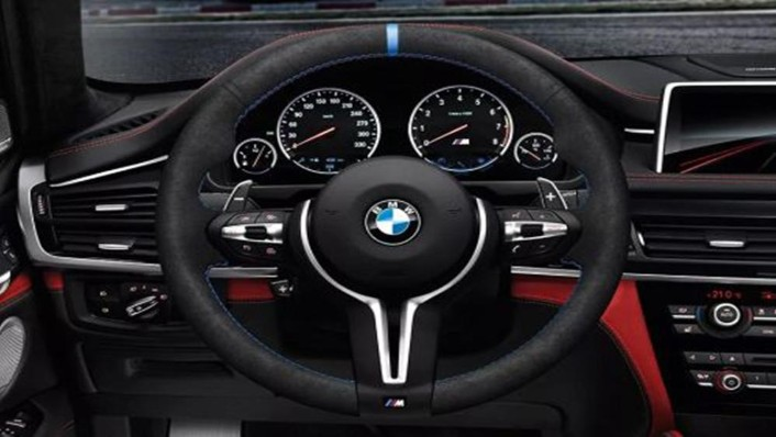 BMW X5 M 2019 Interior 001