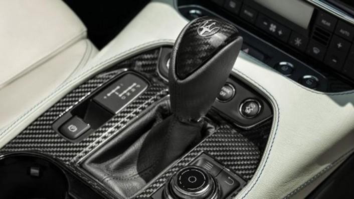 Maserati Grancabrio 2019 Interior 006