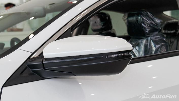 Honda Civic 2019 Exterior 010