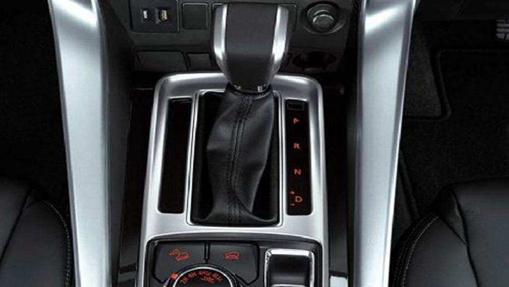 Mitsubishi Pajero Sport 2019 Interior 009