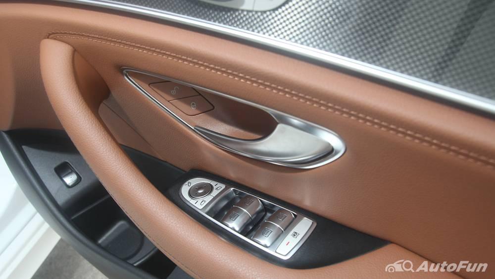 Mercedes-Benz E-Class 2019 Interior 096