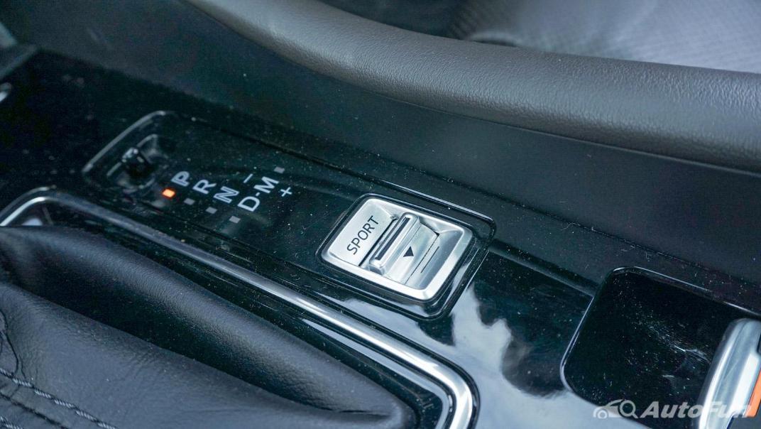 Mazda 6 Elite Estate Interior 040