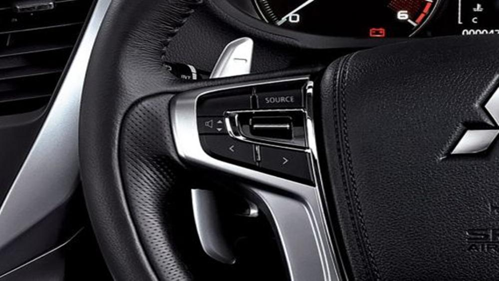 Mitsubishi Pajero Sport 2019 Interior 002