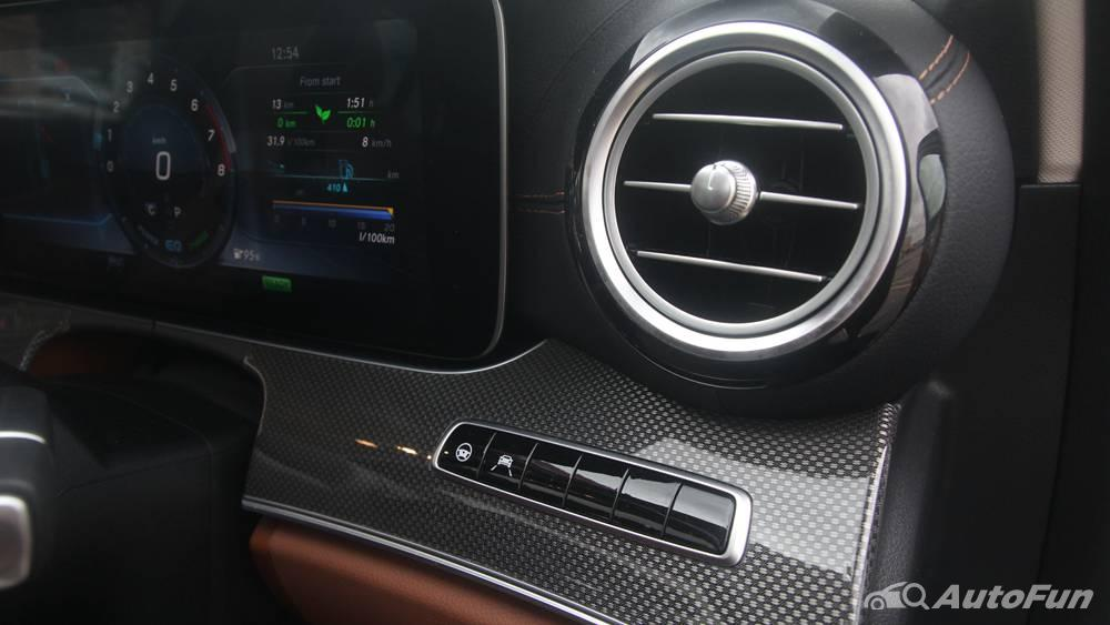 Mercedes-Benz E-Class 2019 Interior 082