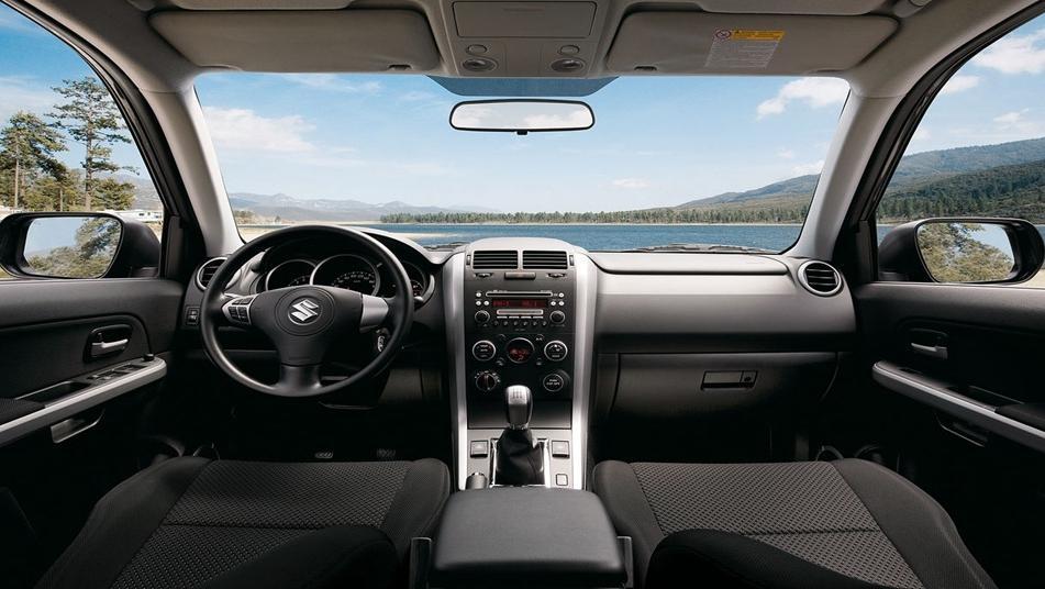 Suzuki XL7 2019 Interior 001