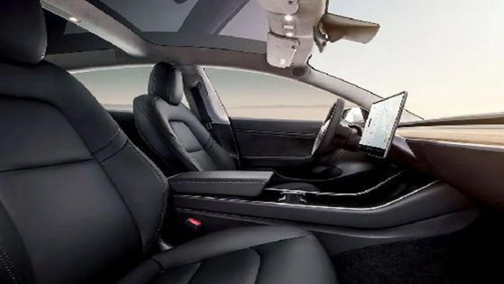 Tesla Model 3 2019 Interior 004
