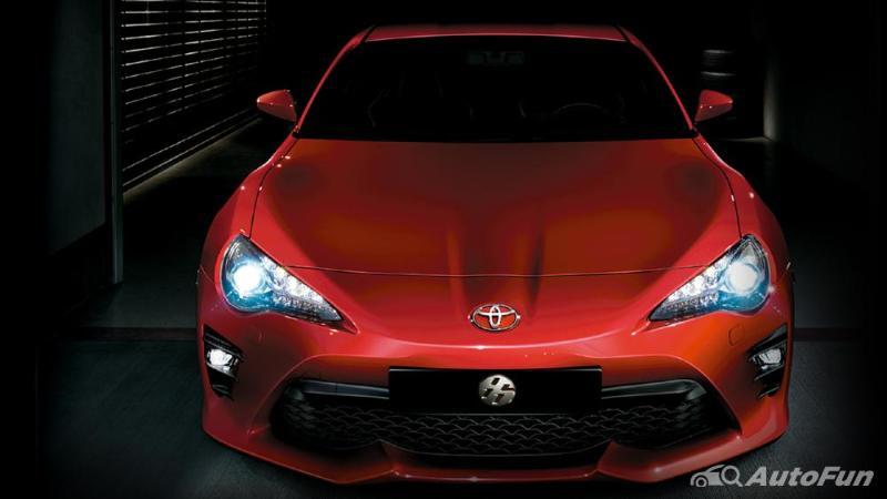 Enak Dibawa Ngebut, Ini Dia Kelebihan dan Kekurangan Toyota 86 02