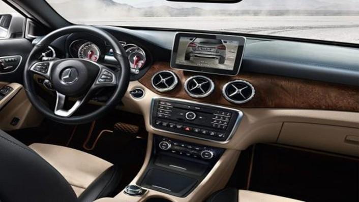Mercedes-Benz GLA-Class 2019 Interior 001