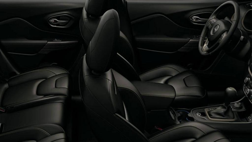 Jeep Cherokee 2019 Interior 014